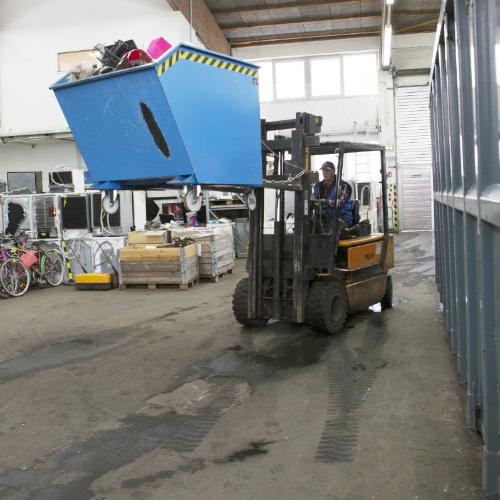 Gabelstaperfahrer Recycling Erfolgsgeschichte