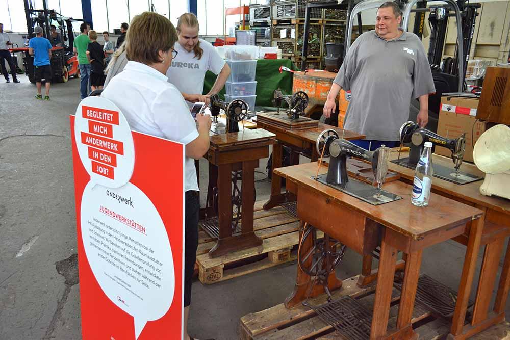 Anderwerk Sommerfest Naehmaschine Werkstatt